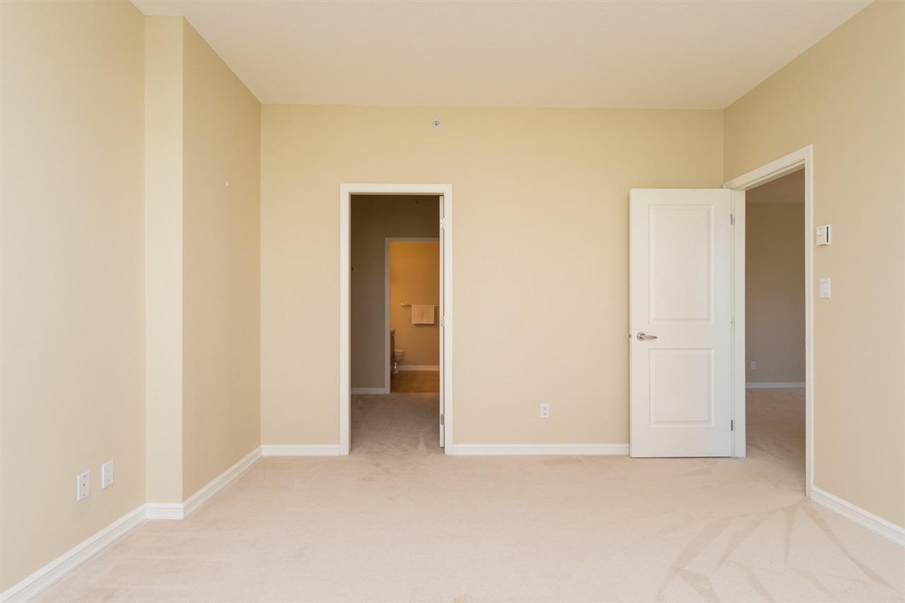 Condo Apartment at 302 1551 FOSTER STREET, Unit 302, South Surrey White Rock, British Columbia. Image 6