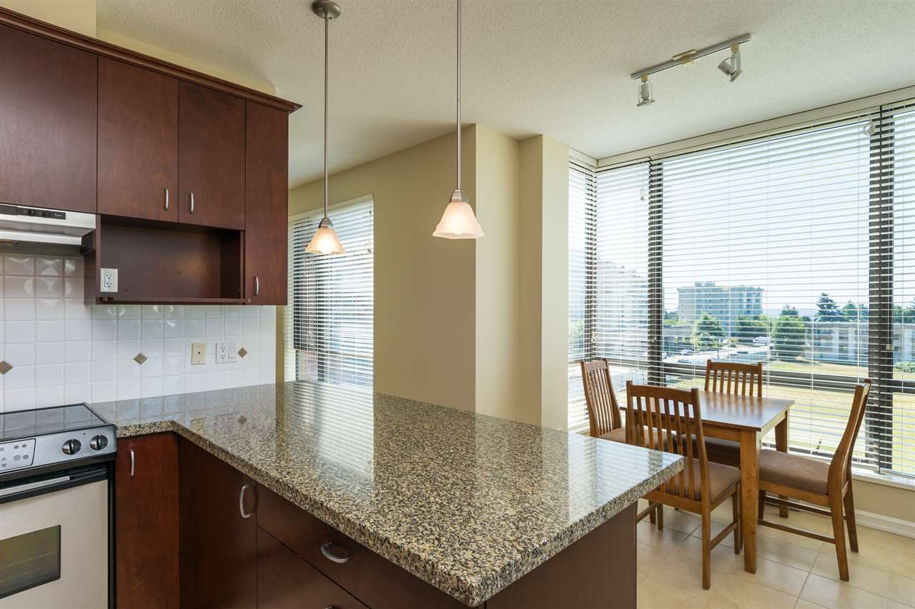 Condo Apartment at 302 1551 FOSTER STREET, Unit 302, South Surrey White Rock, British Columbia. Image 14