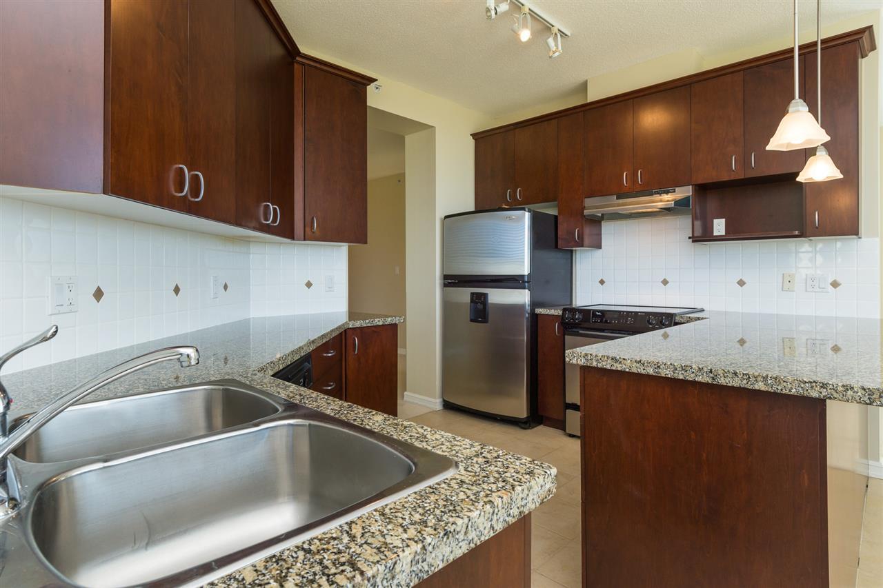 Condo Apartment at 302 1551 FOSTER STREET, Unit 302, South Surrey White Rock, British Columbia. Image 16