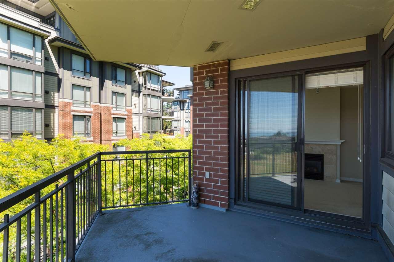 Condo Apartment at 302 1551 FOSTER STREET, Unit 302, South Surrey White Rock, British Columbia. Image 20