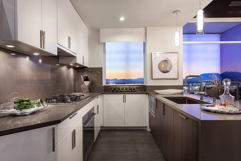 Condo Apartment at 606 5599 COONEY ROAD, Unit 606, Richmond, British Columbia. Image 5