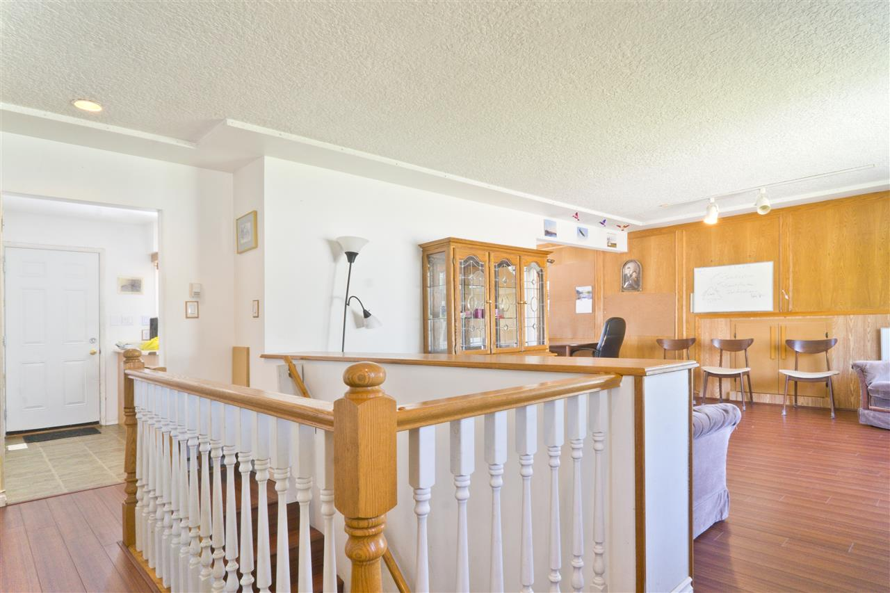 Detached at 4126 RUMBLE STREET, Burnaby South, British Columbia. Image 6