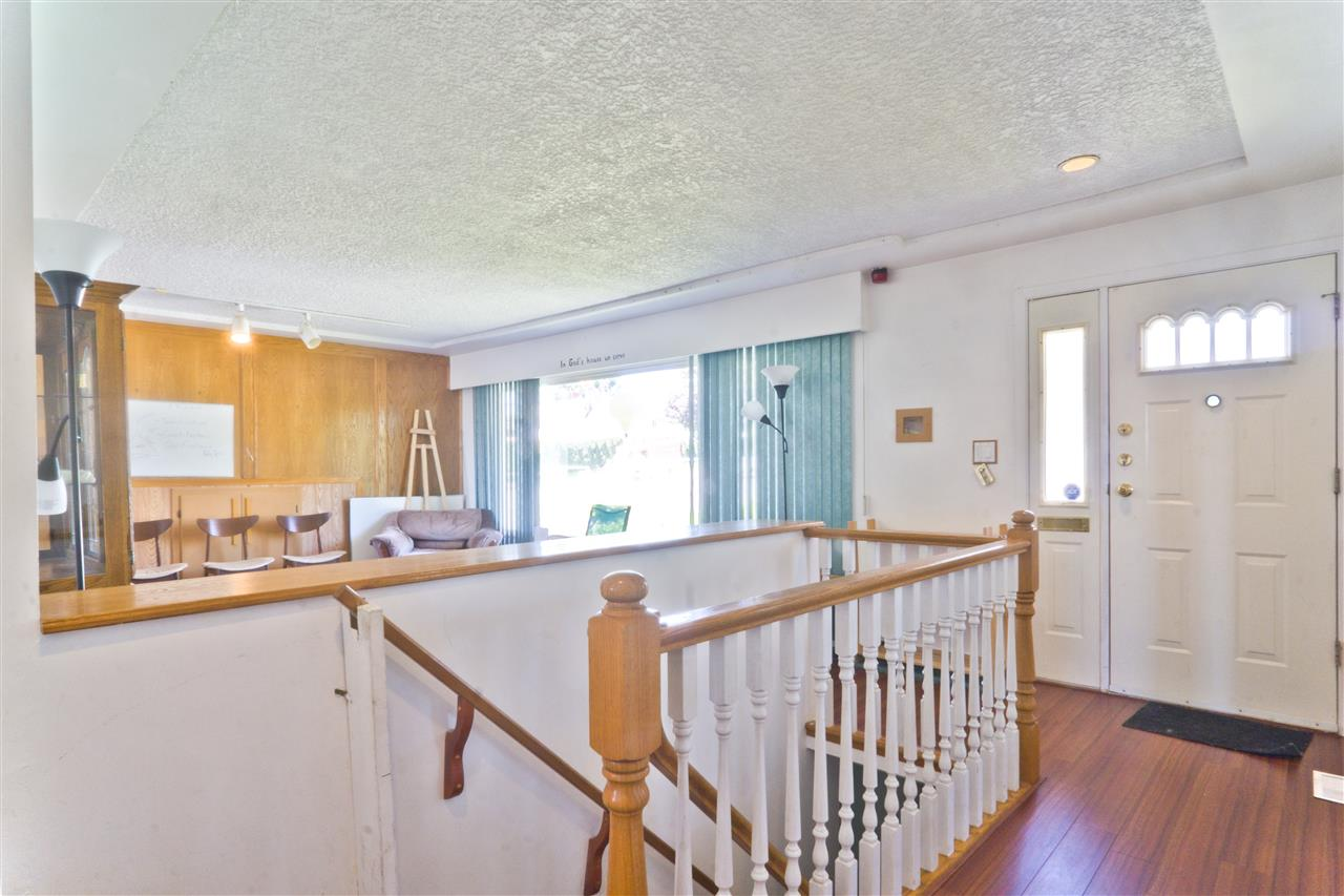 Detached at 4126 RUMBLE STREET, Burnaby South, British Columbia. Image 13