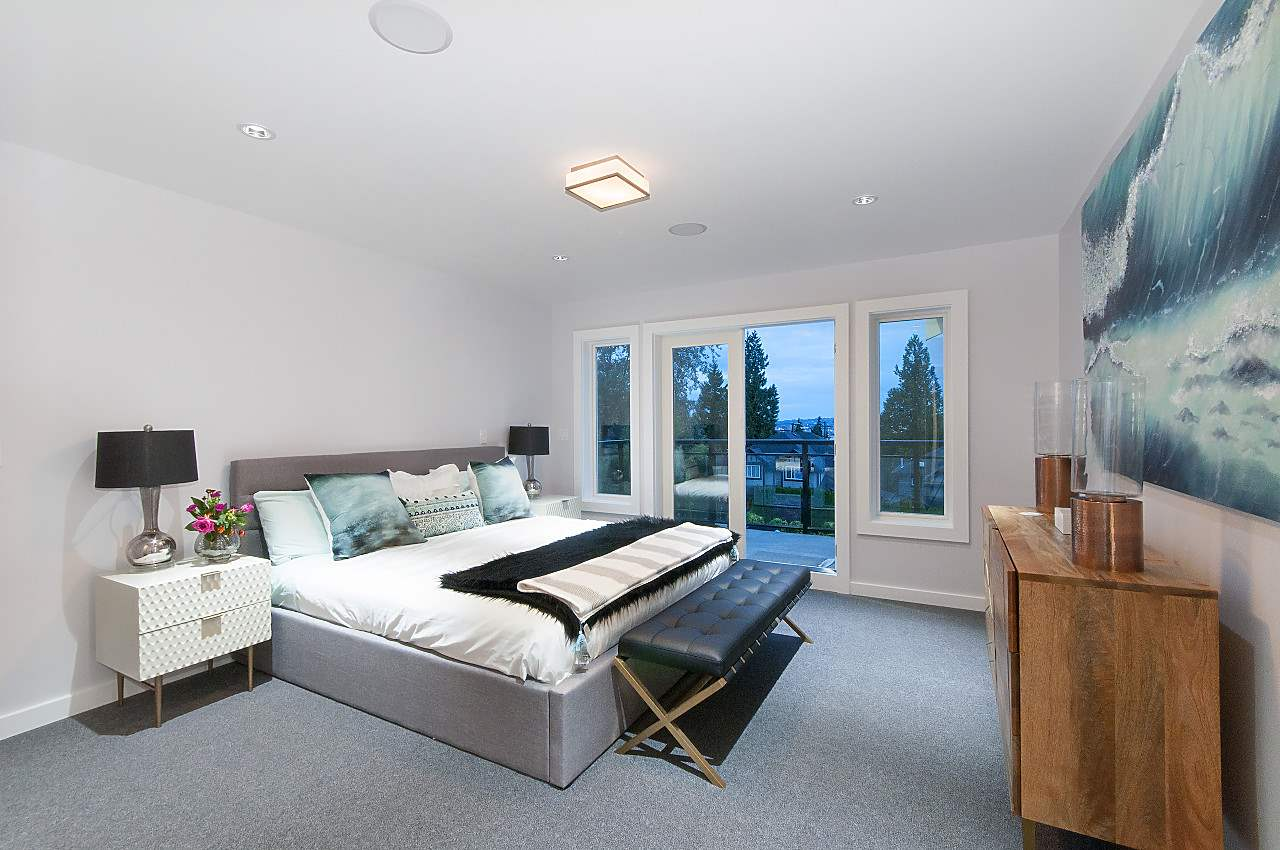 Half-duplex at 372 E 5TH STREET, North Vancouver, British Columbia. Image 8