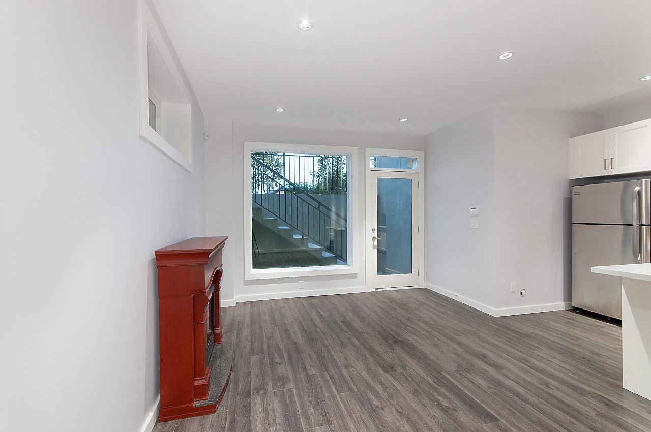 Half-duplex at 372 E 5TH STREET, North Vancouver, British Columbia. Image 17