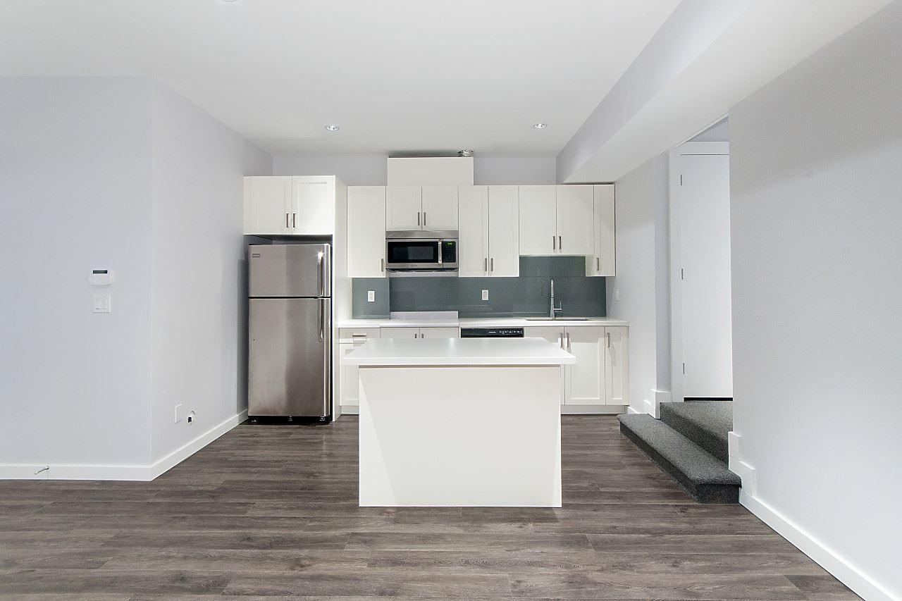 Half-duplex at 372 E 5TH STREET, North Vancouver, British Columbia. Image 18