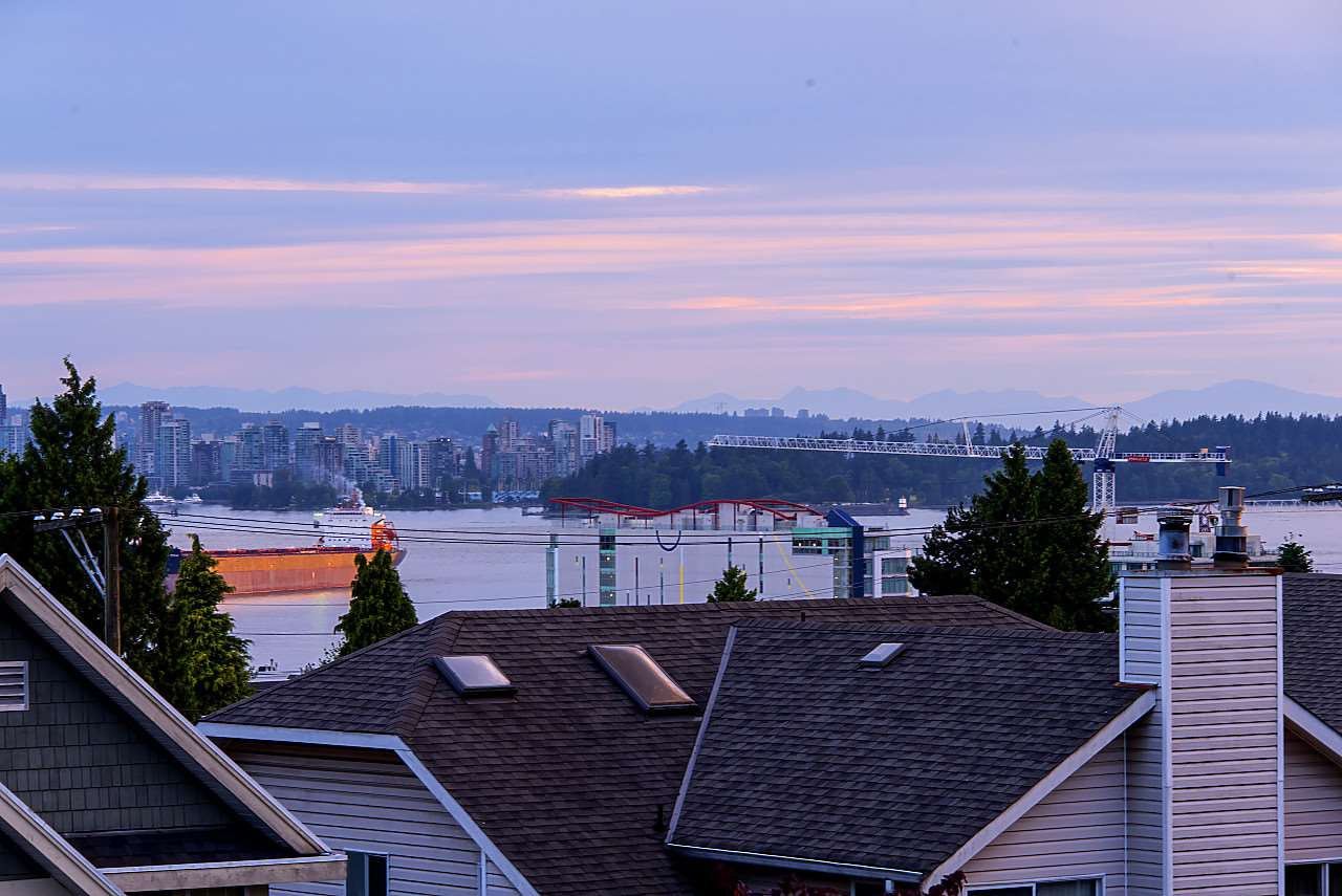 Half-duplex at 372 E 5TH STREET, North Vancouver, British Columbia. Image 20