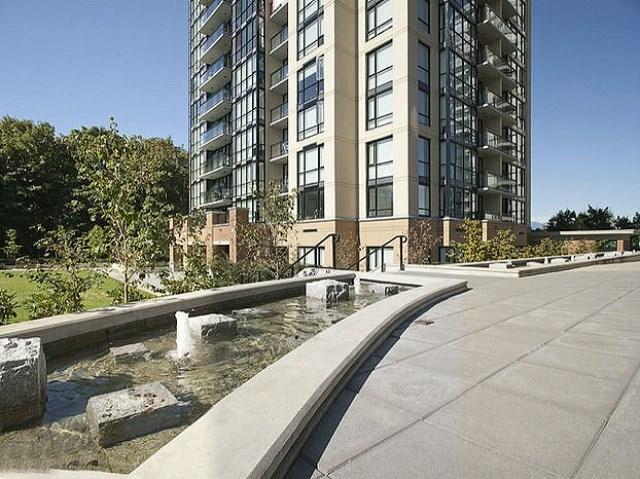 Condo Apartment at 303 13380 108 AVENUE, Unit 303, North Surrey, British Columbia. Image 4