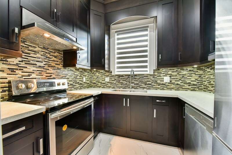 Detached at 7785 TAYLOR PLACE, Burnaby East, British Columbia. Image 7