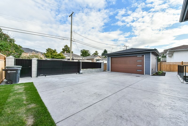 Detached at 7785 TAYLOR PLACE, Burnaby East, British Columbia. Image 17