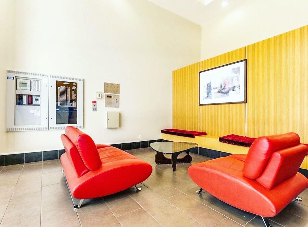 Condo Apartment at 1009 9180 HEMLOCK DRIVE, Unit 1009, Richmond, British Columbia. Image 4