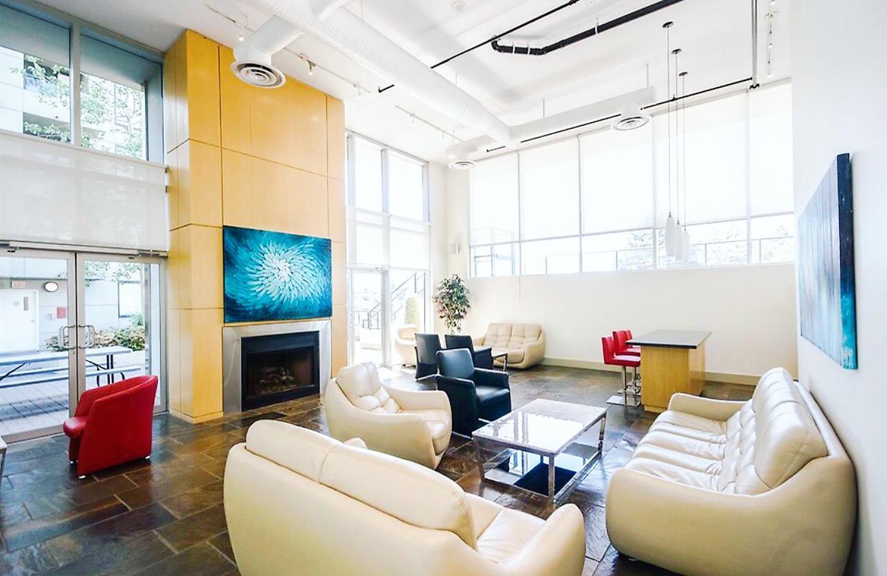 Condo Apartment at 1009 9180 HEMLOCK DRIVE, Unit 1009, Richmond, British Columbia. Image 5