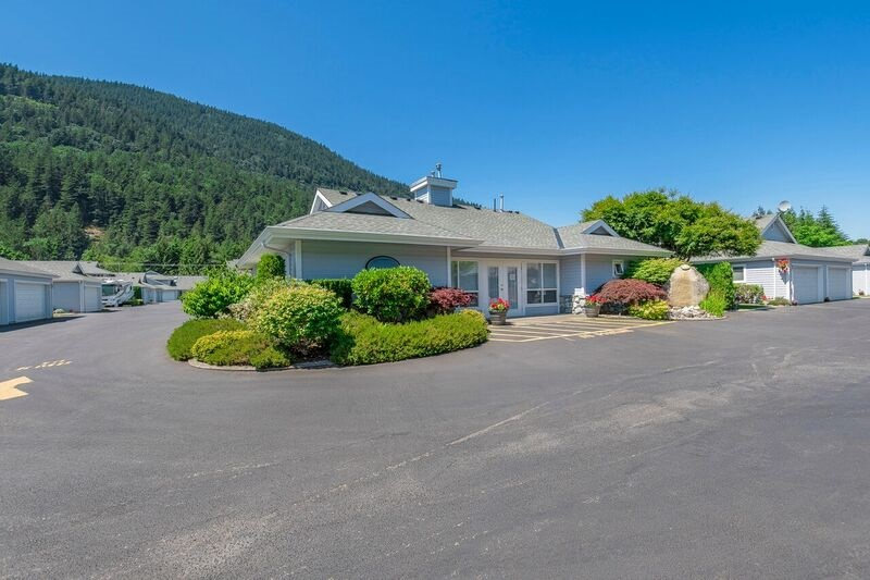 Townhouse at 6 730 MCCOMBS DRIVE, Unit 6, Harrison Hot Springs, British Columbia. Image 19