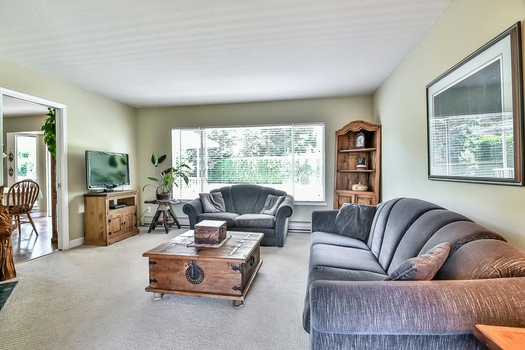 Detached at 7409 150A STREET, Surrey, British Columbia. Image 2