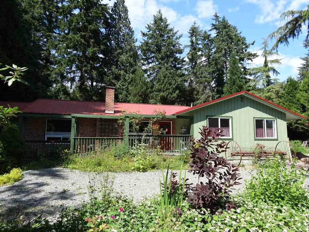 Detached at 17687 20 AVENUE, South Surrey White Rock, British Columbia. Image 3