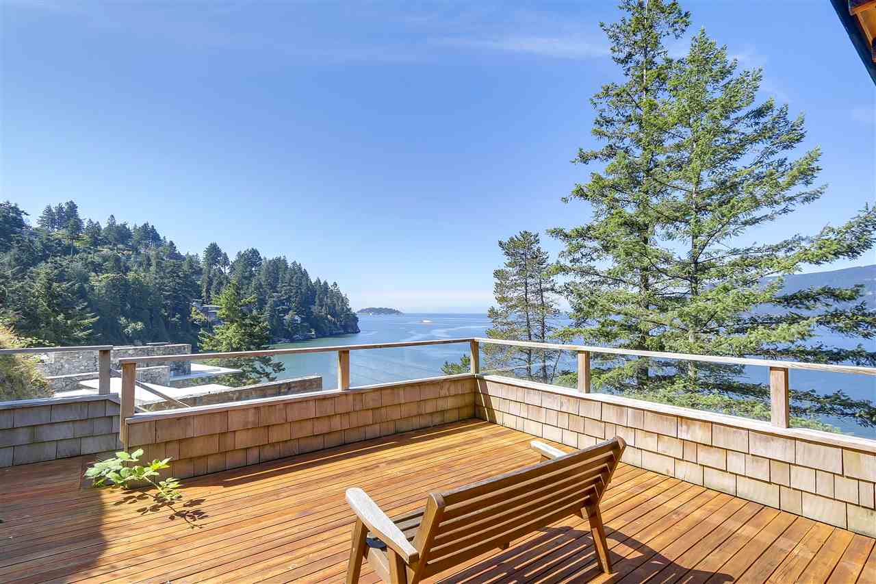 Detached at 6648 MARINE DRIVE, West Vancouver, British Columbia. Image 14
