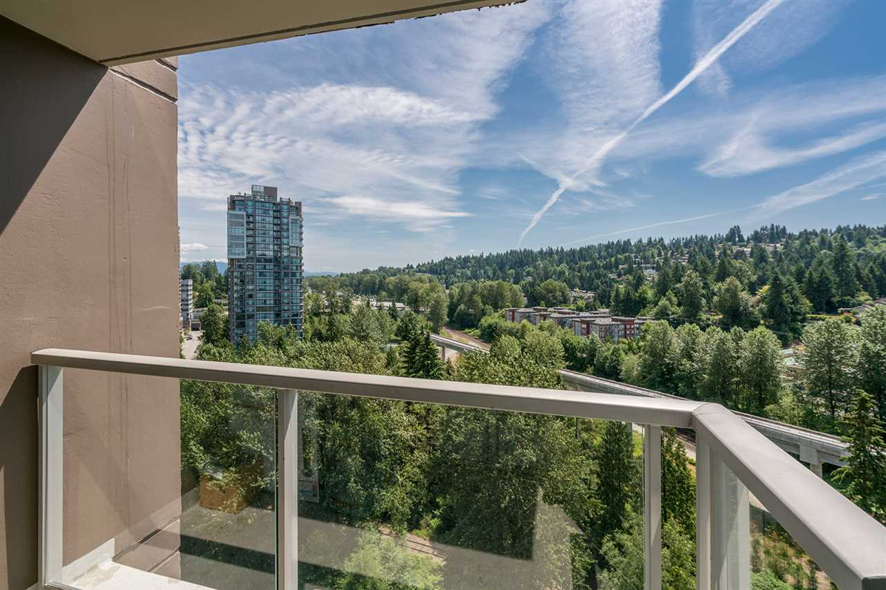 Condo Apartment at 2009 651 NOOTKA WAY, Unit 2009, Port Moody, British Columbia. Image 8