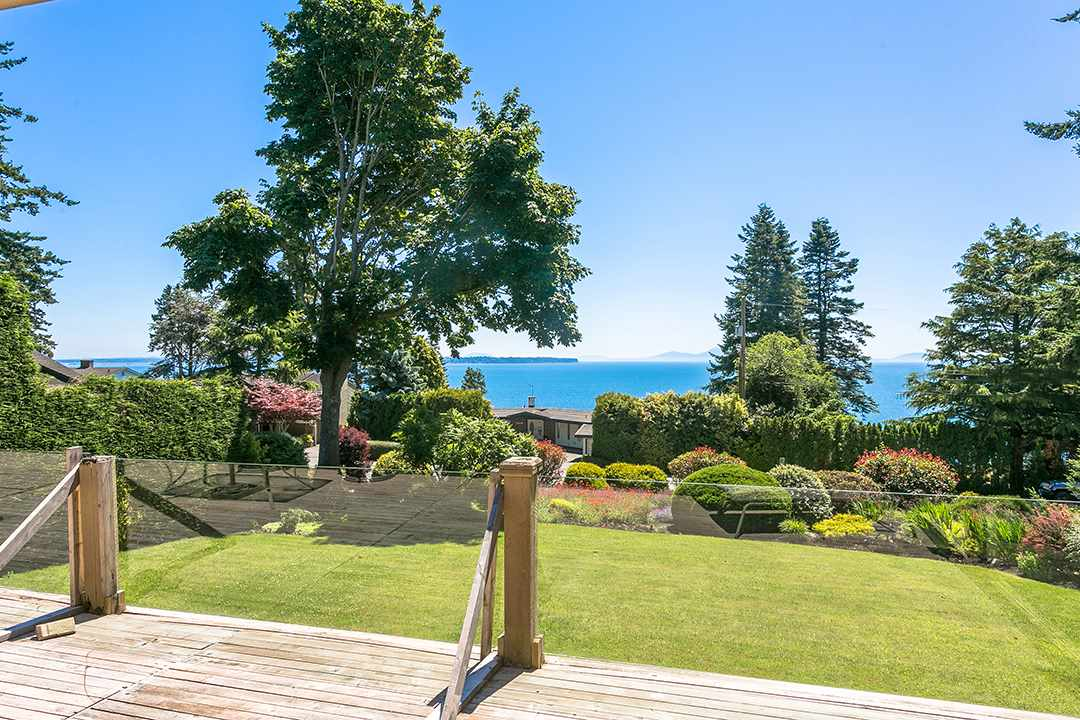 Detached at 1332 133A STREET, South Surrey White Rock, British Columbia. Image 6