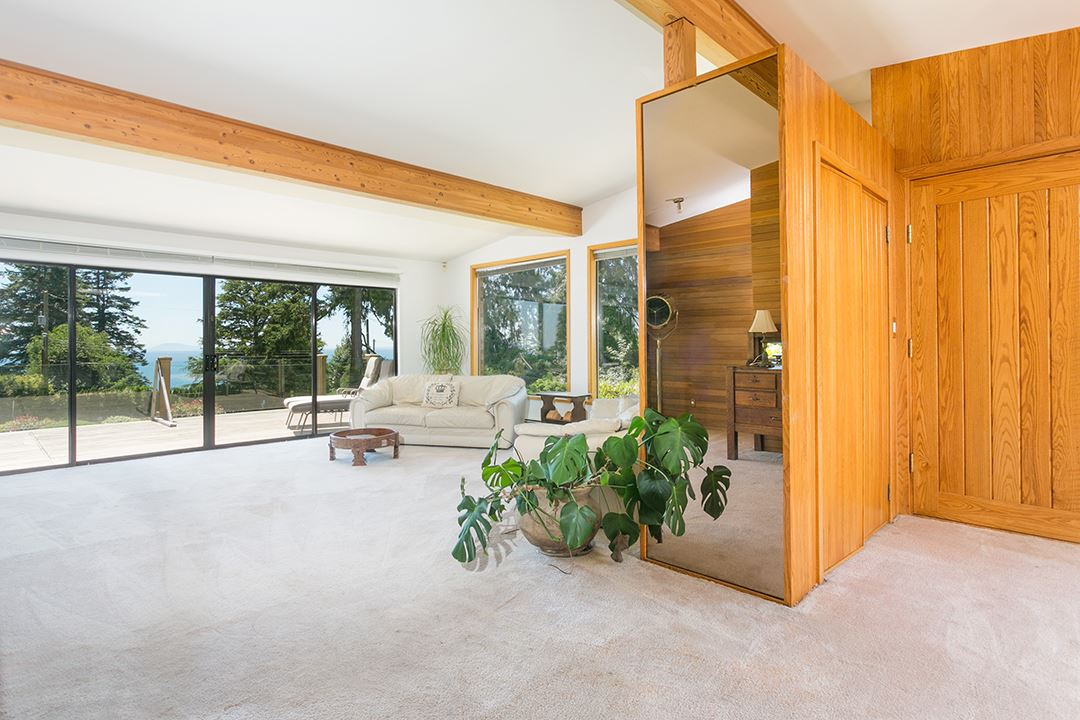 Detached at 1332 133A STREET, South Surrey White Rock, British Columbia. Image 10