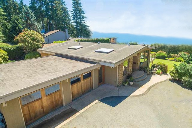 Detached at 1332 133A STREET, South Surrey White Rock, British Columbia. Image 16