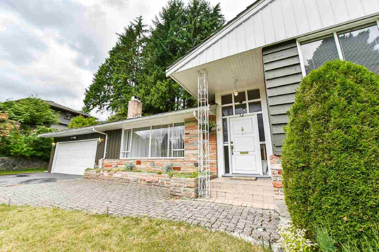 Detached at 81 GLENGARRY CRESCENT, West Vancouver, British Columbia. Image 2