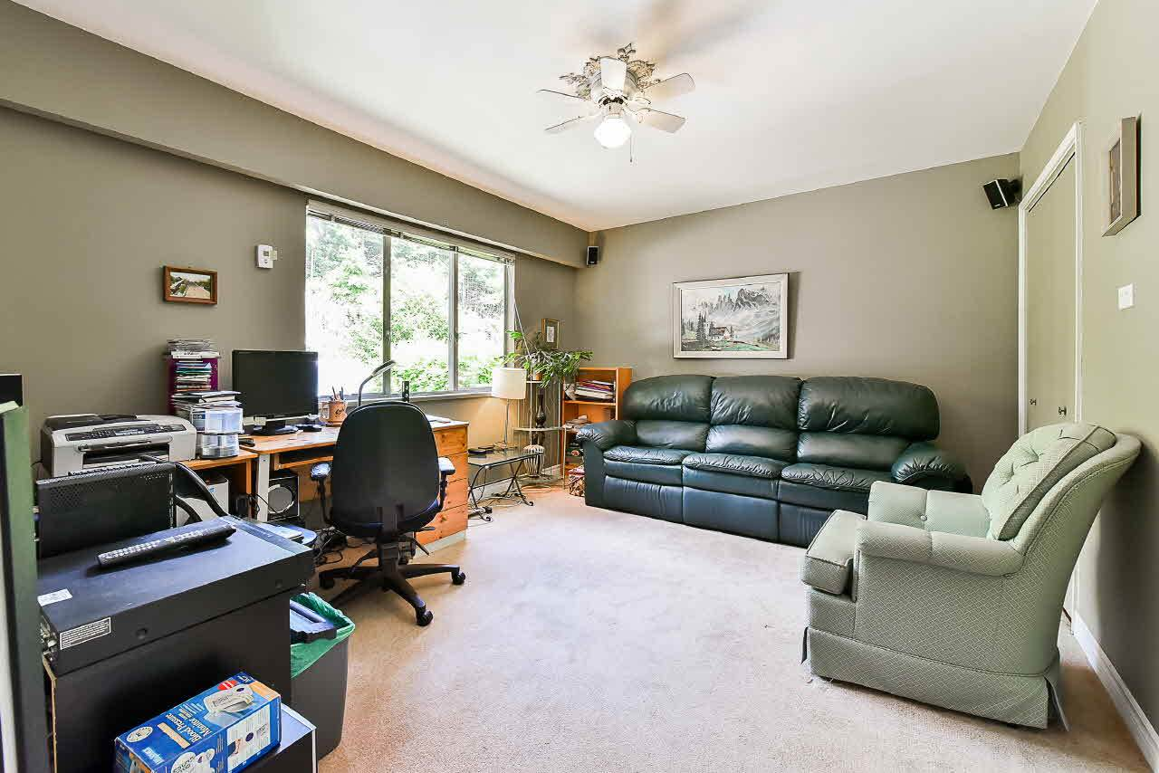 Detached at 81 GLENGARRY CRESCENT, West Vancouver, British Columbia. Image 11