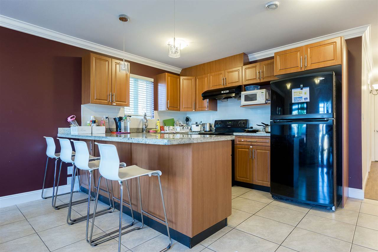 Detached at 6130 PEARL AVENUE, Burnaby South, British Columbia. Image 16