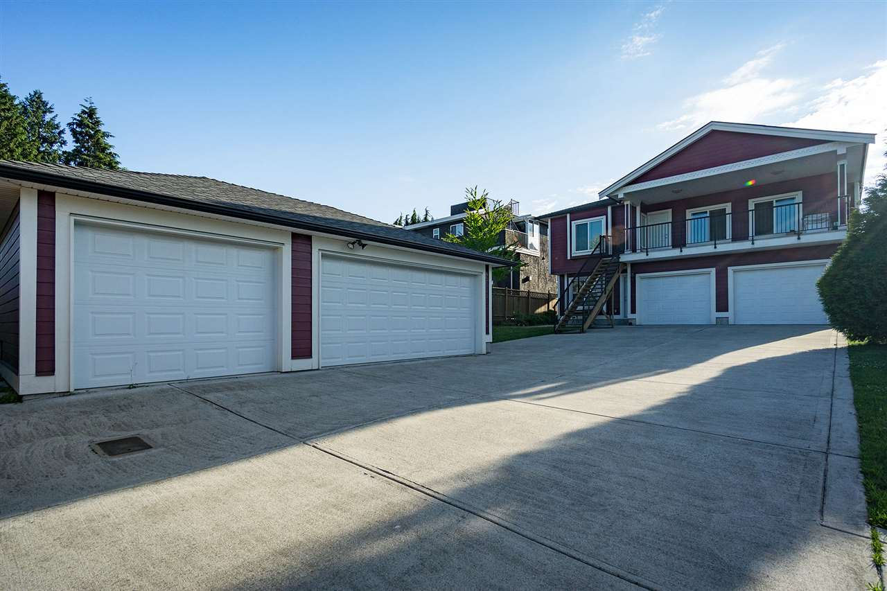 Detached at 6130 PEARL AVENUE, Burnaby South, British Columbia. Image 17