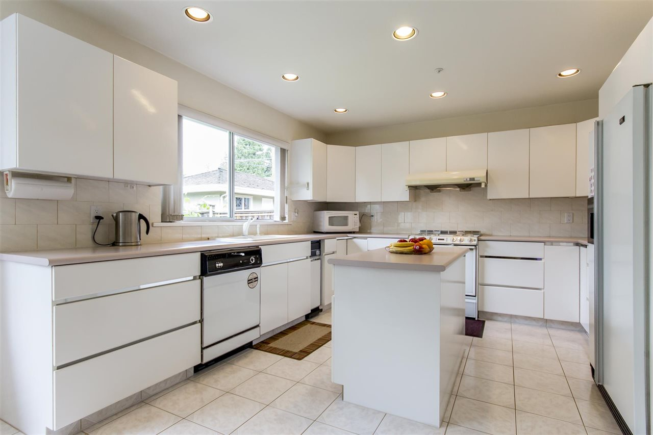 Detached at 1699 W 63RD AVENUE, Vancouver West, British Columbia. Image 3