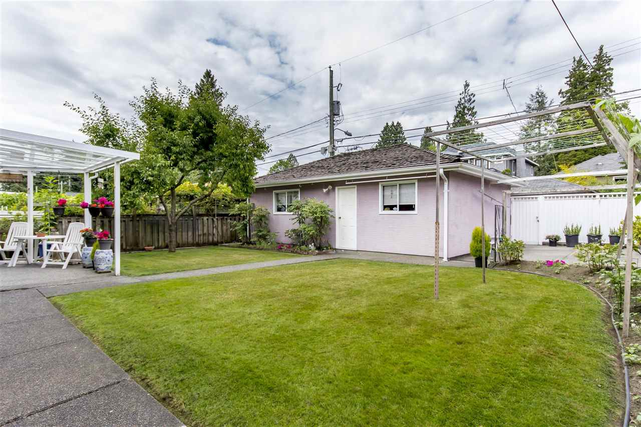 Detached at 1699 W 63RD AVENUE, Vancouver West, British Columbia. Image 12