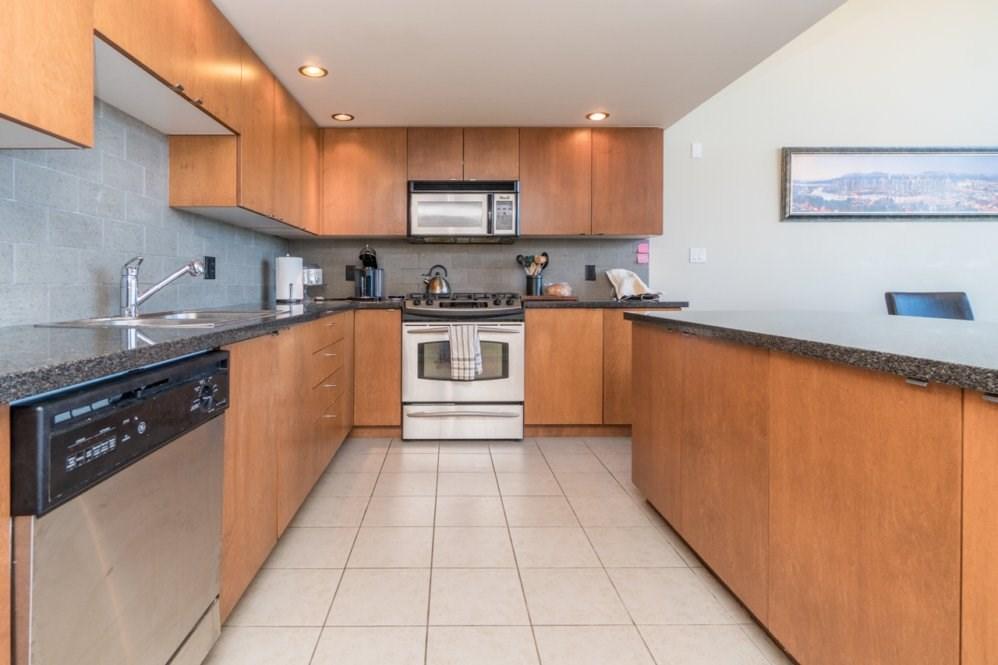 Condo Apartment at 1802 6233 KATSURA STREET, Unit 1802, Richmond, British Columbia. Image 6