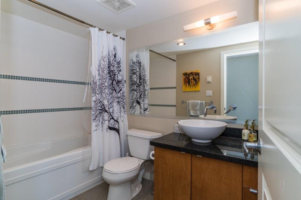 Condo Apartment at 1802 6233 KATSURA STREET, Unit 1802, Richmond, British Columbia. Image 8