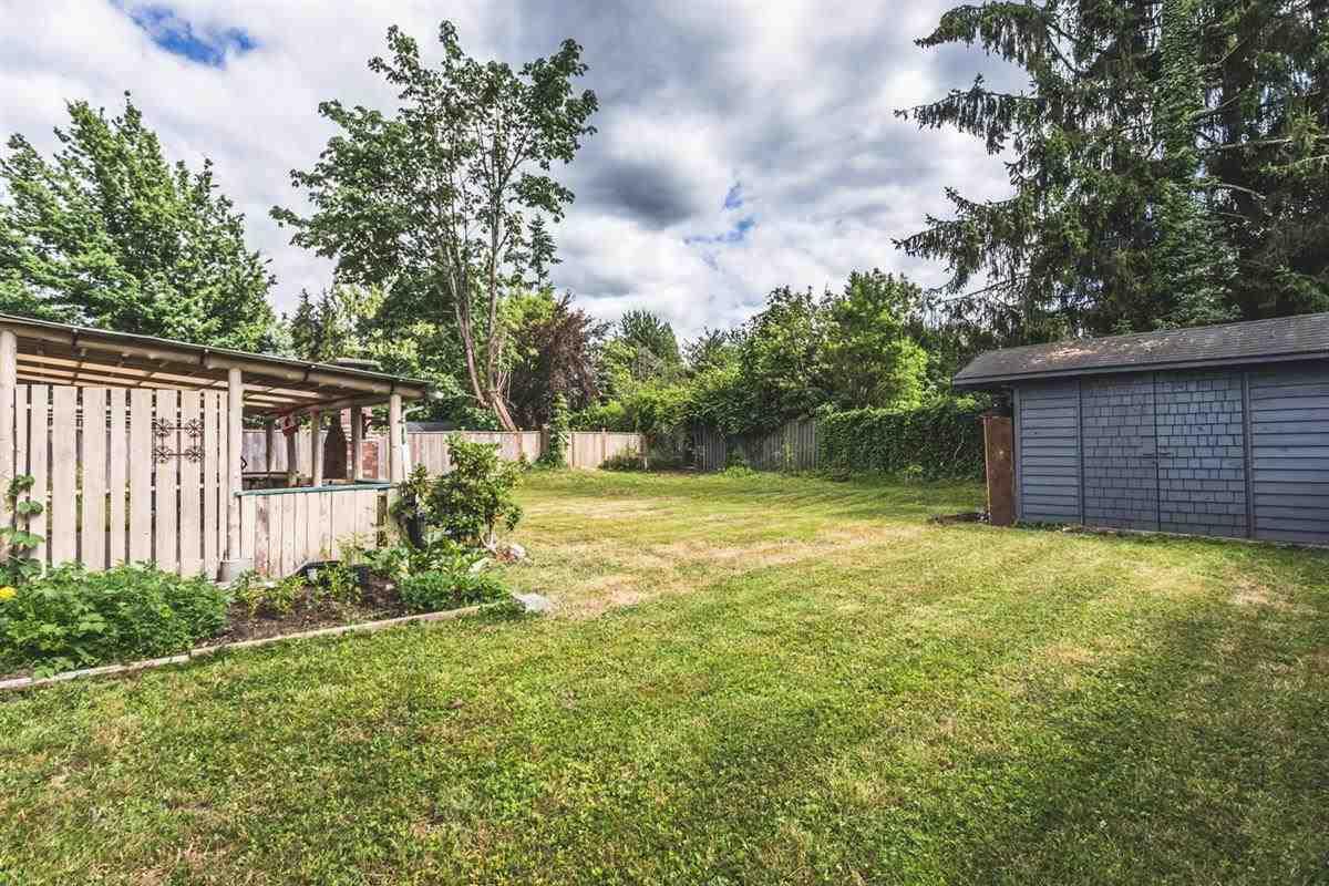 Detached at 21640 117 AVENUE, Maple Ridge, British Columbia. Image 9