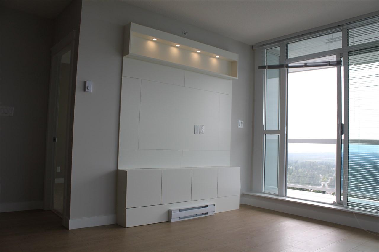 Condo Apartment at 2702 11967 80 AVENUE, Unit 2702, N. Delta, British Columbia. Image 2