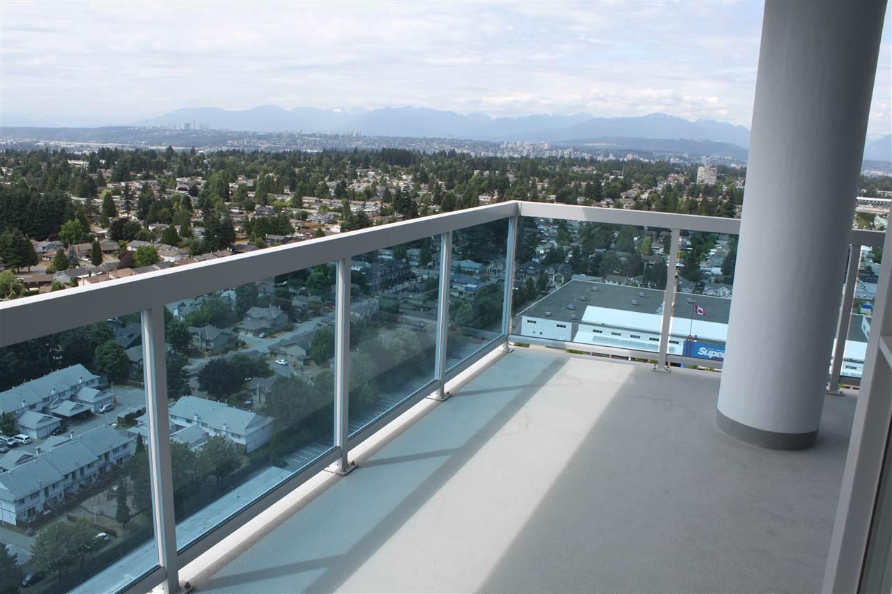 Condo Apartment at 2702 11967 80 AVENUE, Unit 2702, N. Delta, British Columbia. Image 5