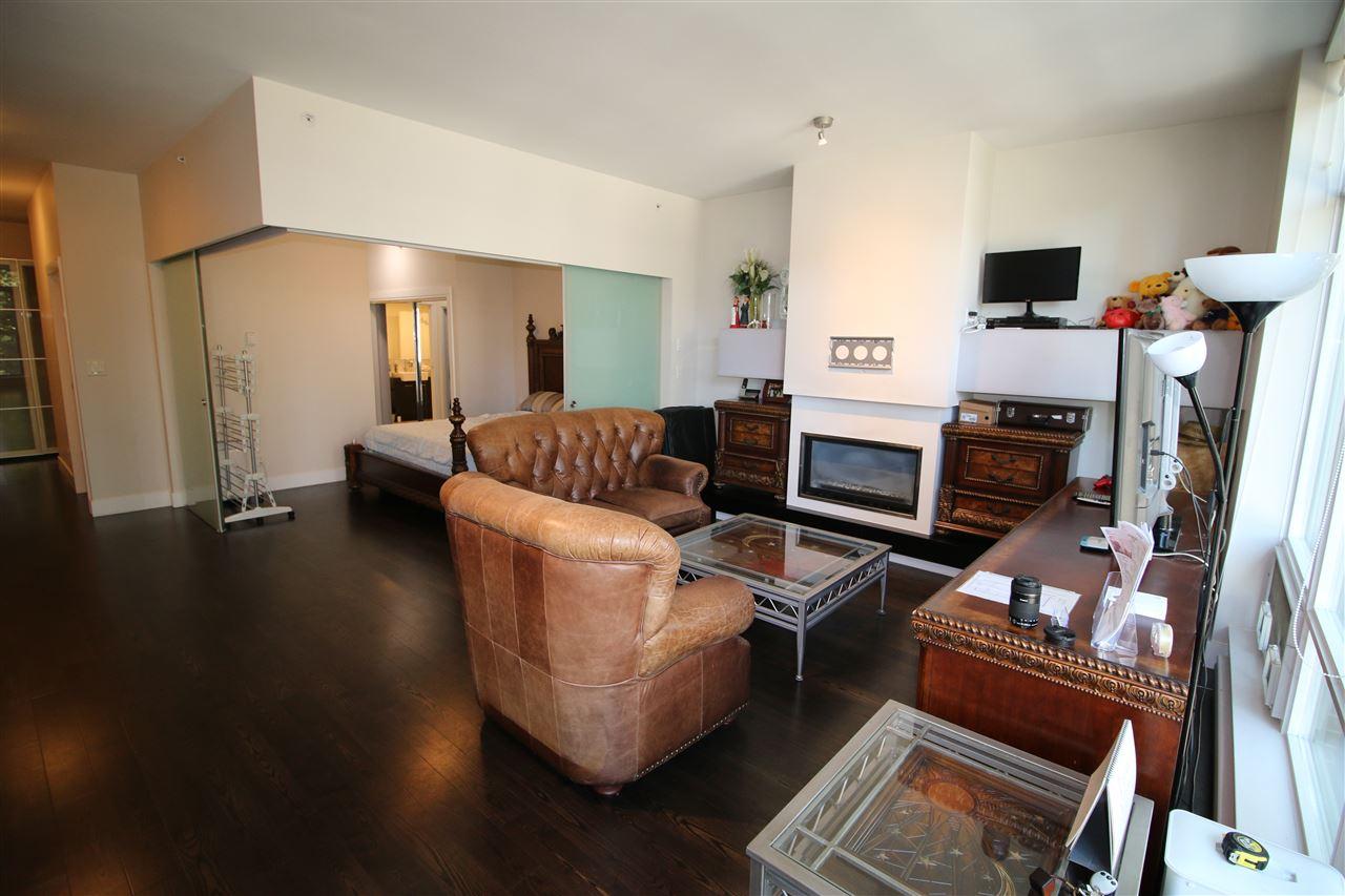 Condo Apartment at 301 535 SMITHE STREET, Unit 301, Vancouver West, British Columbia. Image 13