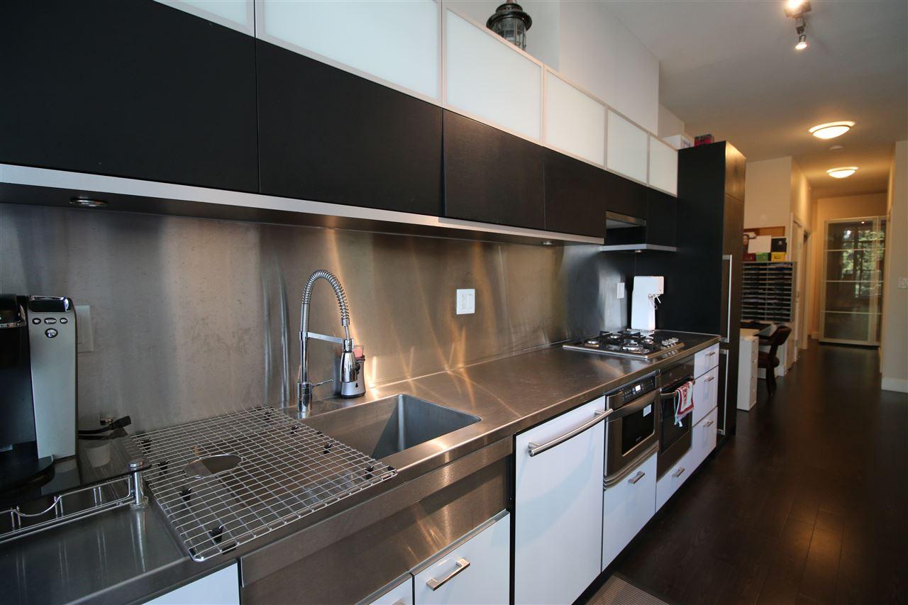 Condo Apartment at 301 535 SMITHE STREET, Unit 301, Vancouver West, British Columbia. Image 14