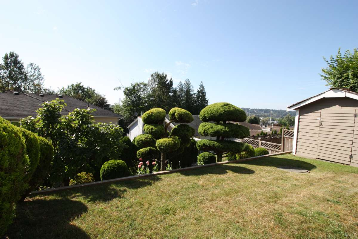 Detached at 2226 KAPTEY AVENUE, Coquitlam, British Columbia. Image 20