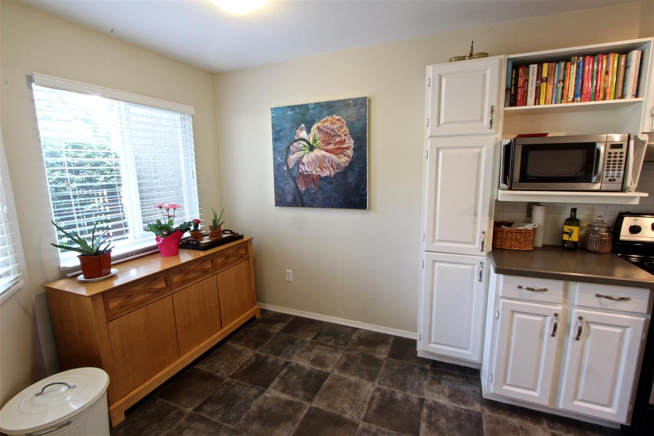 Townhouse at 8 237 W 16TH STREET, Unit 8, North Vancouver, British Columbia. Image 6