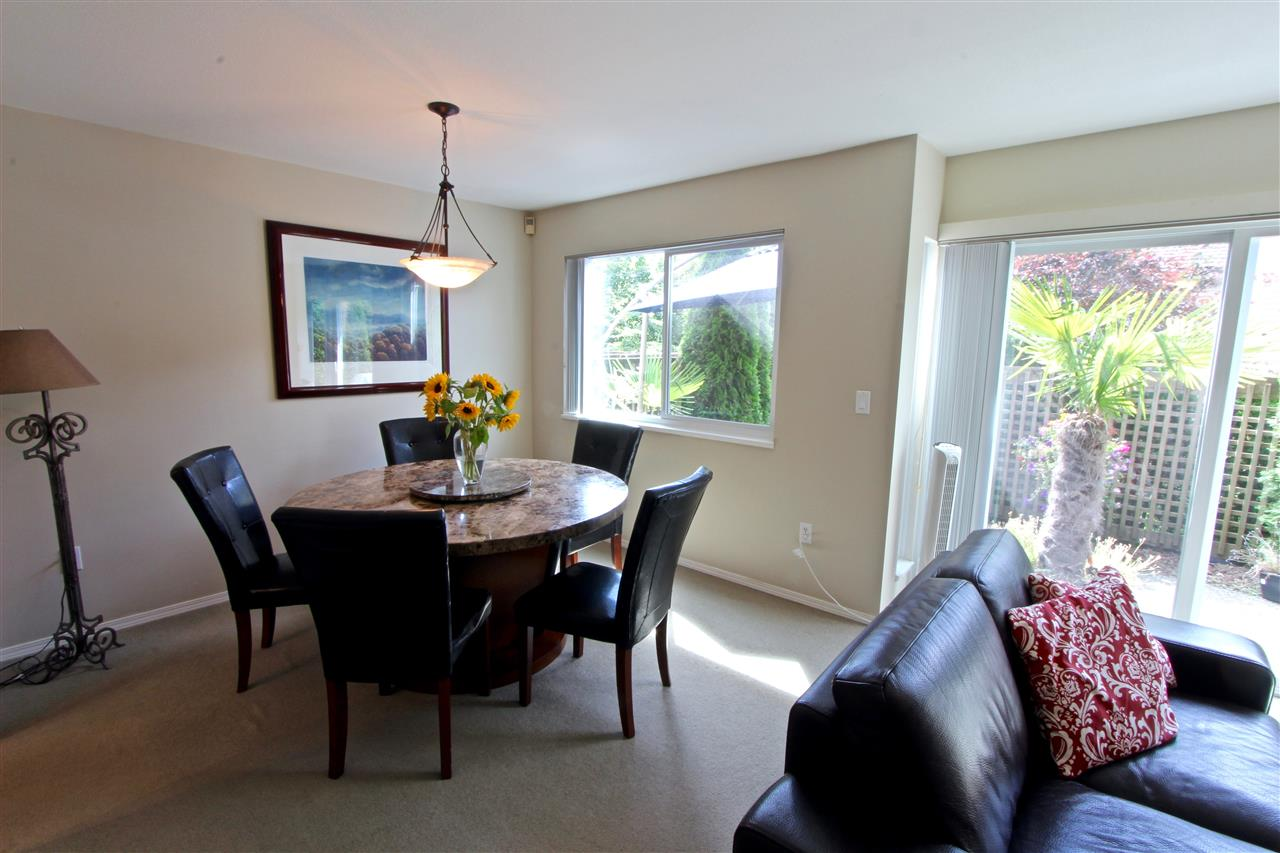 Townhouse at 8 237 W 16TH STREET, Unit 8, North Vancouver, British Columbia. Image 7