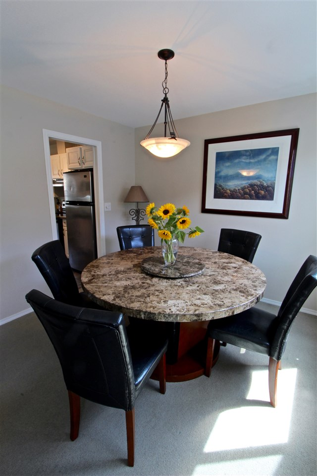 Townhouse at 8 237 W 16TH STREET, Unit 8, North Vancouver, British Columbia. Image 9