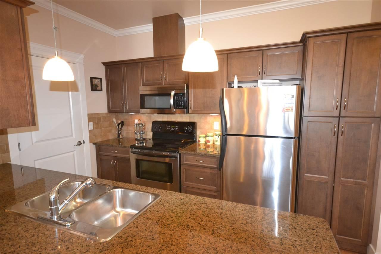 Condo Apartment at 407 2068 SANDALWOOD CRESCENT, Unit 407, Abbotsford, British Columbia. Image 7