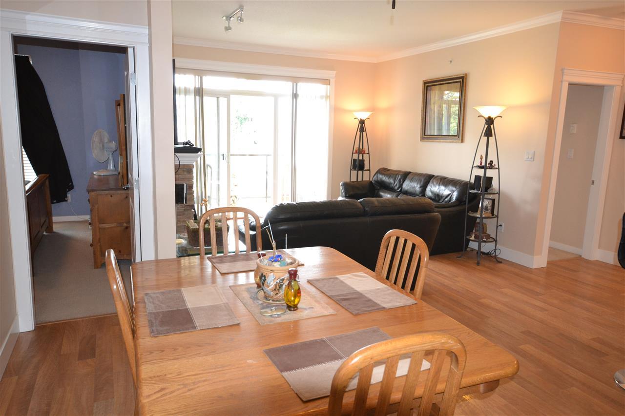 Condo Apartment at 407 2068 SANDALWOOD CRESCENT, Unit 407, Abbotsford, British Columbia. Image 10