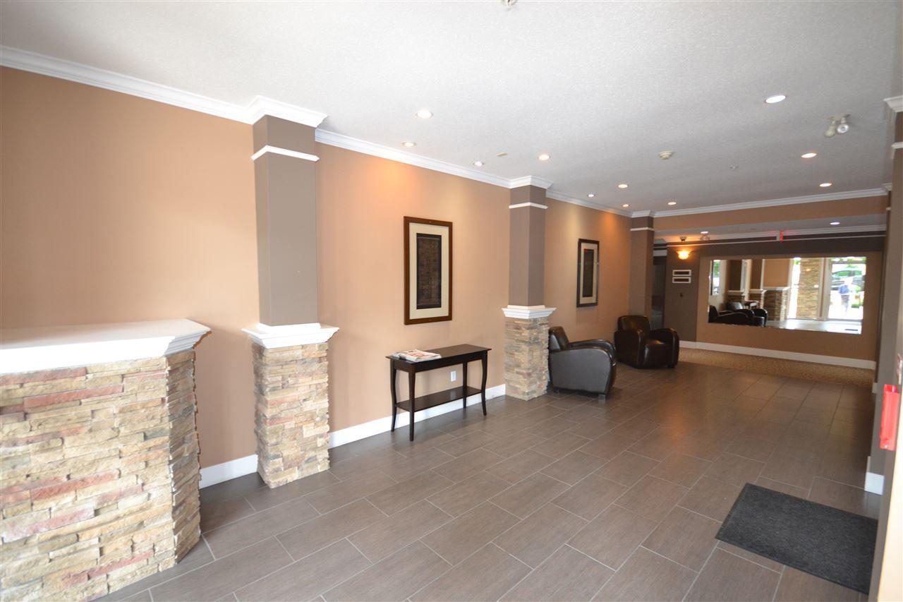 Condo Apartment at 407 2068 SANDALWOOD CRESCENT, Unit 407, Abbotsford, British Columbia. Image 15
