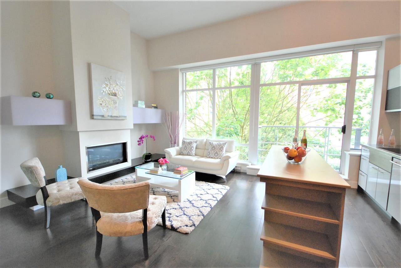 Condo Apartment at 401 535 SMITHE STREET, Unit 401, Vancouver West, British Columbia. Image 3