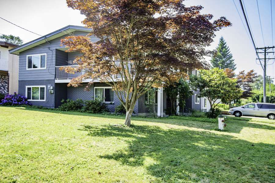 Detached at 3650 WESTMINSTER AVENUE, Burnaby South, British Columbia. Image 20
