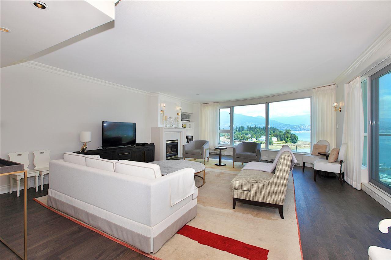 Condo Apartment at 1203 535 NICOLA STREET, Unit 1203, Vancouver West, British Columbia. Image 6