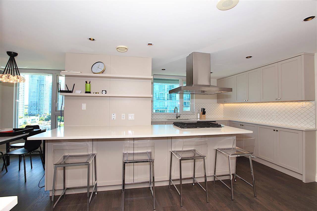 Condo Apartment at 1203 535 NICOLA STREET, Unit 1203, Vancouver West, British Columbia. Image 10