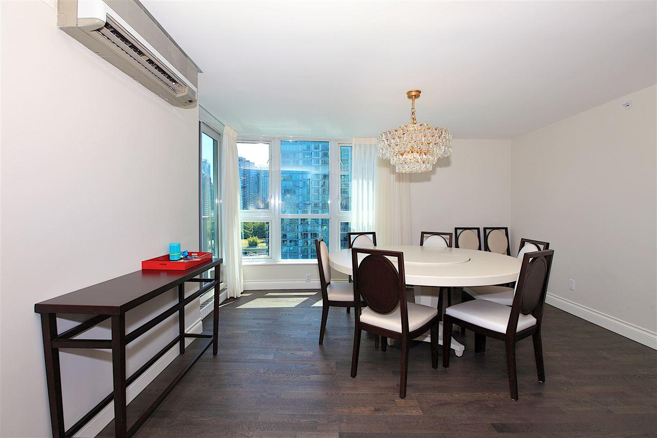 Condo Apartment at 1203 535 NICOLA STREET, Unit 1203, Vancouver West, British Columbia. Image 13