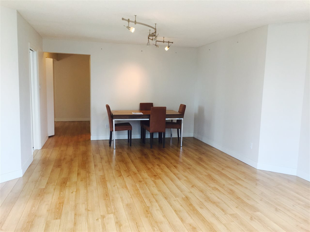 Condo Apartment at 1704 1415 W GEORGIA STREET, Unit 1704, Vancouver West, British Columbia. Image 5